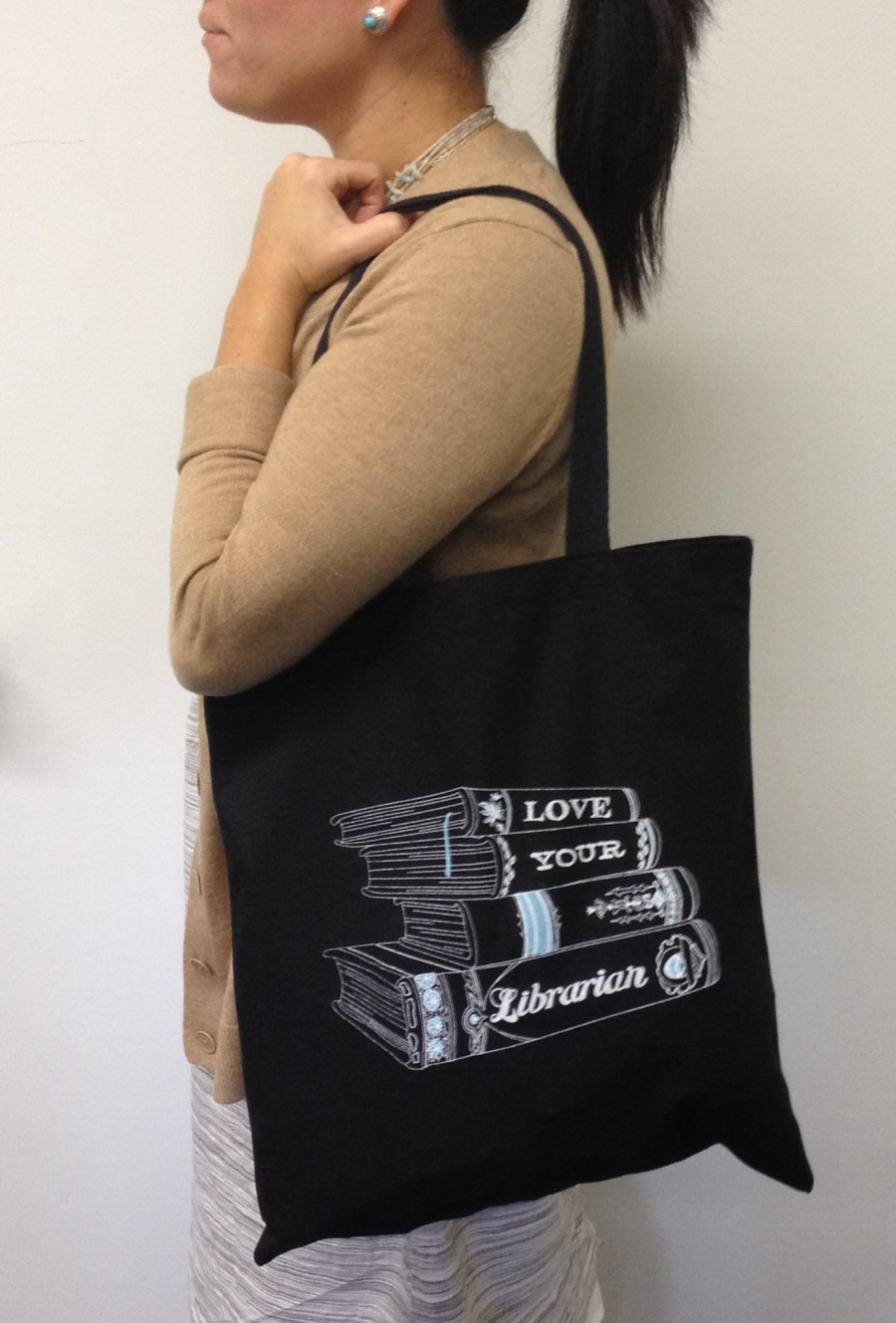 love your librarian tote.